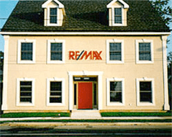 Remax Office